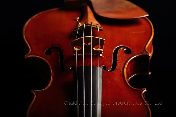 チャキ弦楽器